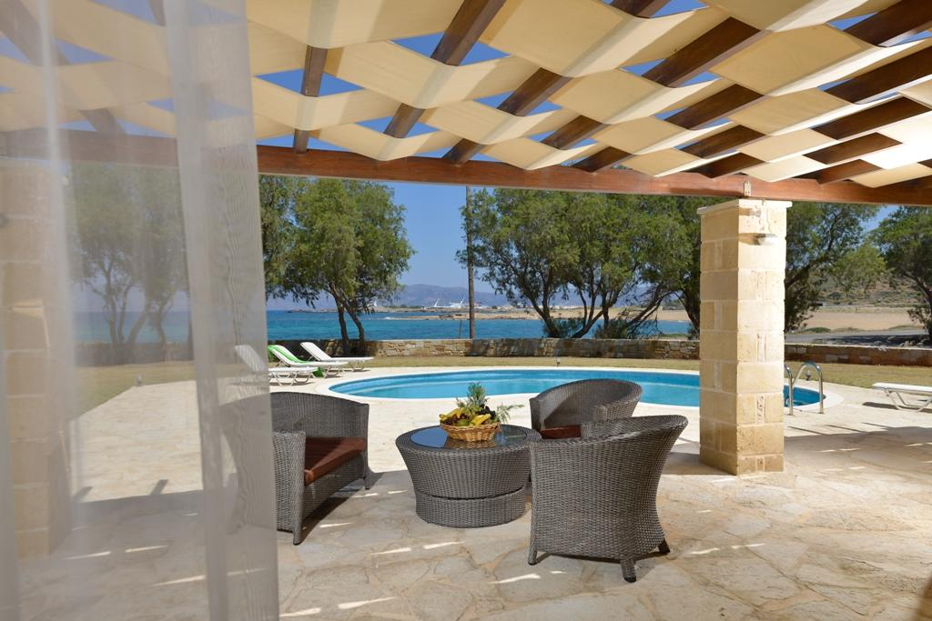 VILLA HANYA 1, Crete, Greece - A complex of 16 new stone villas on the 1 line of the beach with its own gardens and swimming pools