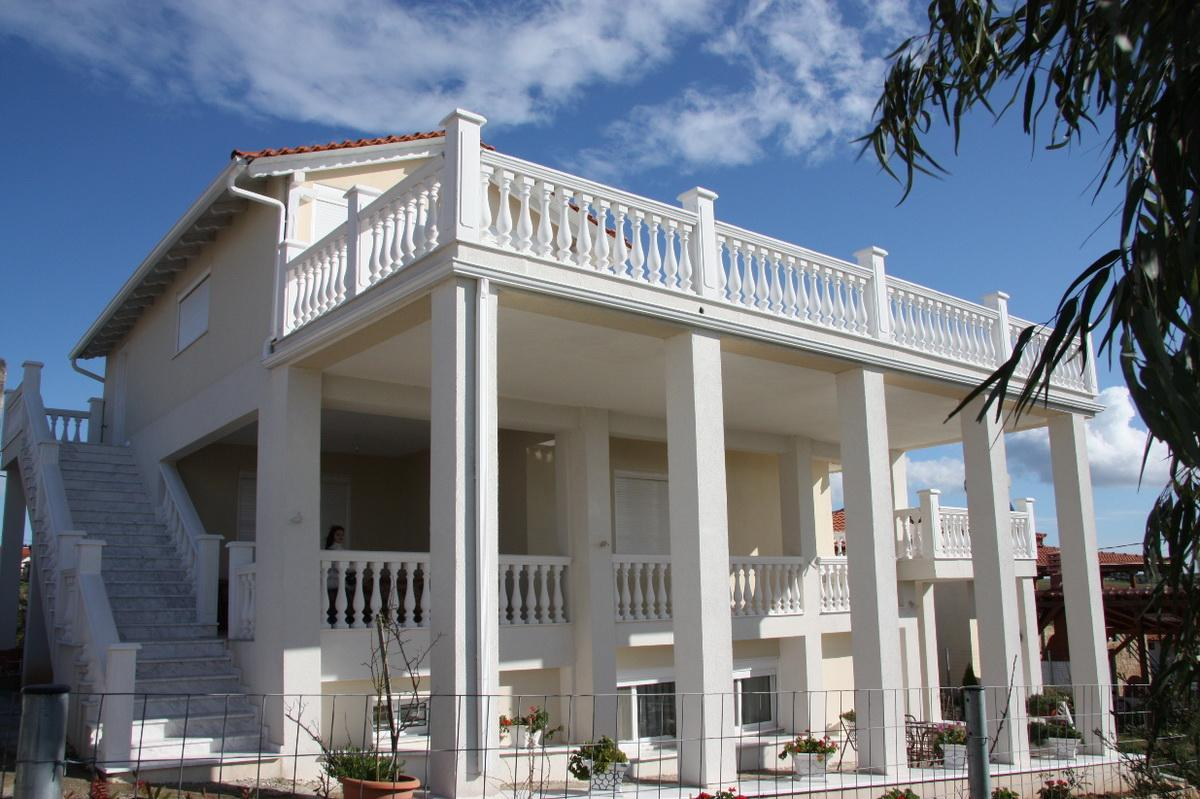 CHRISAKTI, Halkidiki-Kassandra, Greece - there is a new Villa of 237m2 decorated with high quality materials and fully furnished in Halkidiki. Amazing views of the sea from the huge terrace