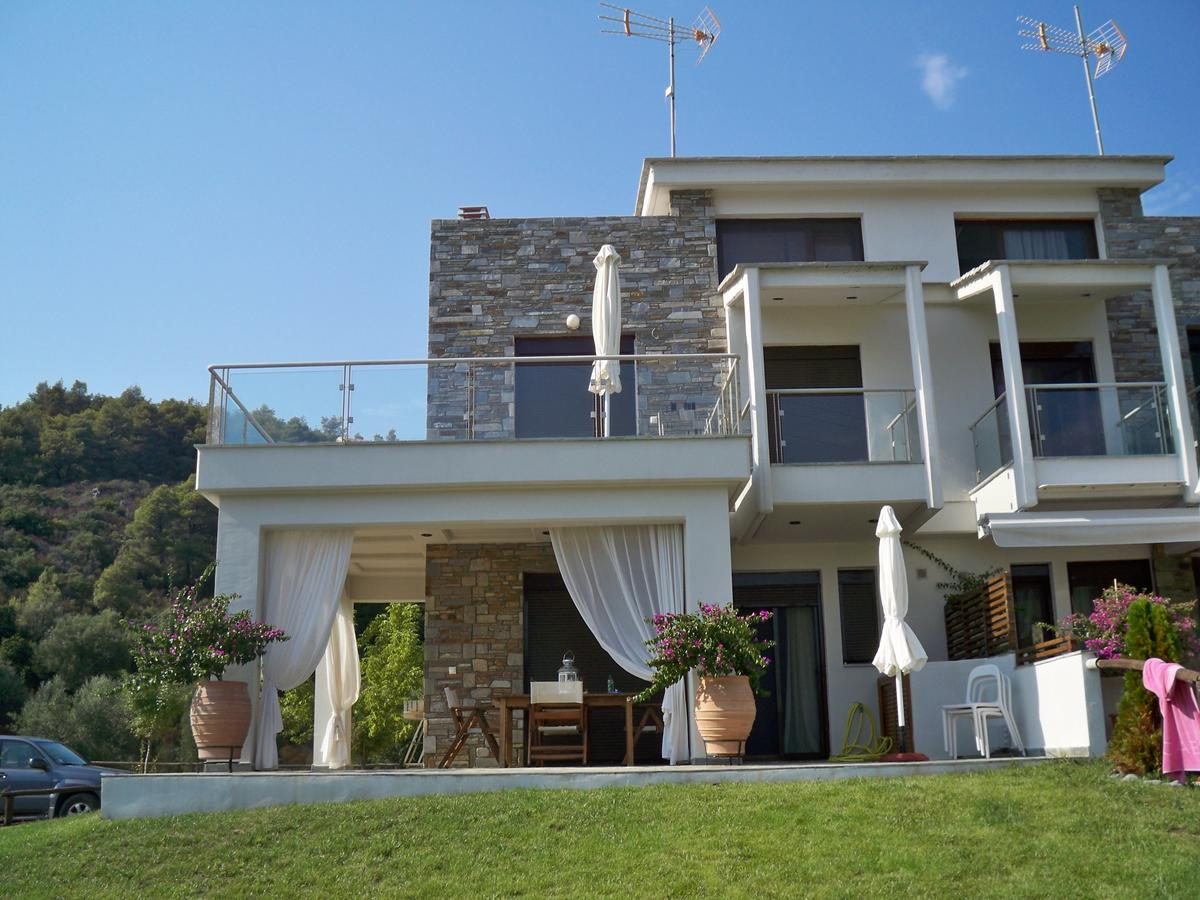 NAIADA, Halkidiki-Sithonia, Greece - Naiada is a complex of town houses for sale on the Sithonia on the 1 line of the sea