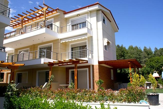 Alkinor, Halkidiki-Kassandra, Greece - apartment complex 90m from the beach on the edge of a pine forest