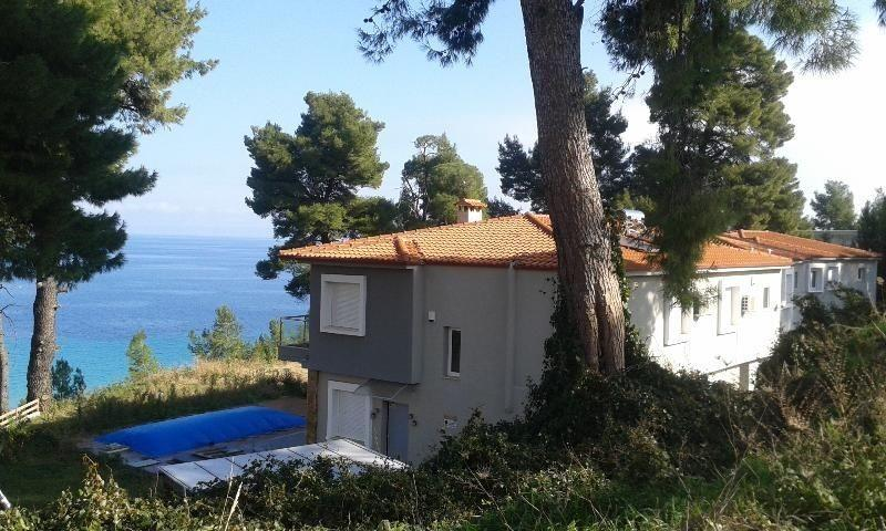 Perseas, Halkidiki-Kassandra, Greece - townhouses a picturesque location at the beautiful beach