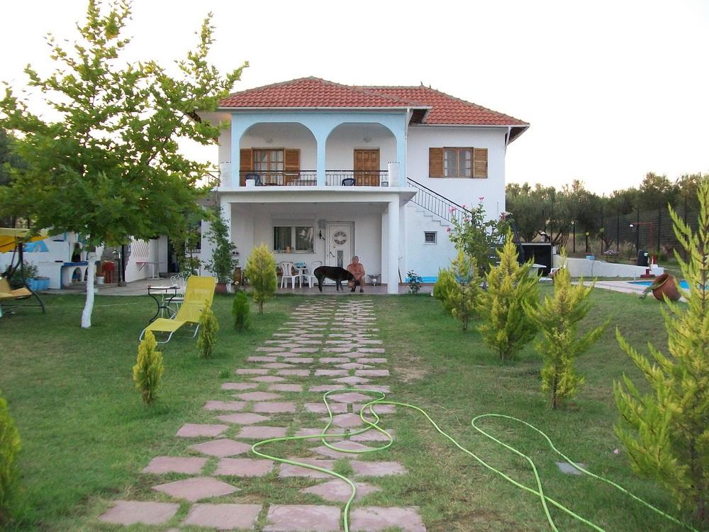 Tulla, Halkidiki-Kassandra, Greece - House with swimming pool on a plot of 2500m2 for recreation