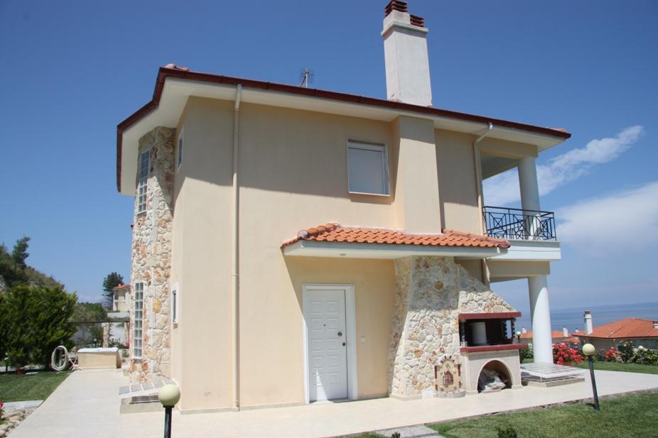 Kivotos 1, Halkidiki-Kassandra, Greece - The complex of 27 detached houses and villas on a plot of 2.4 hectares