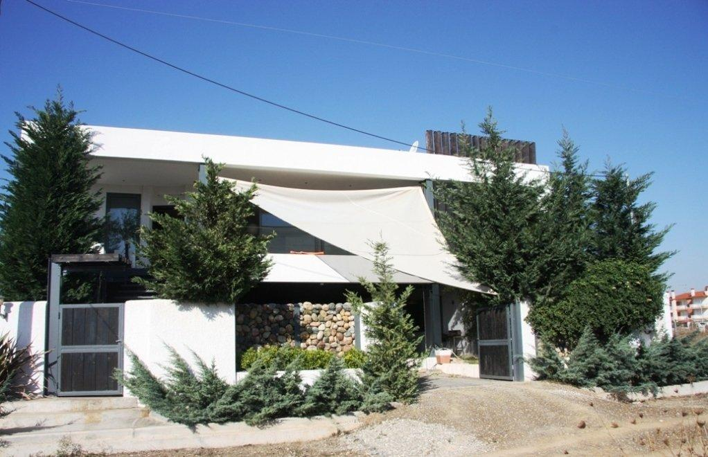 VILLA MELATHRO, Halkidiki-Kassandra, Greece - Villa with 5 bedrooms near the sea fully furnished and with all appliances