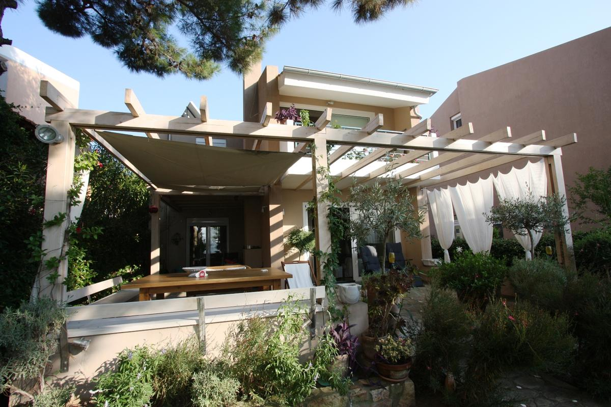 Argiro, Northern Aegean Islands, Greece - Great, well furnished house with quality furniture and all appliances