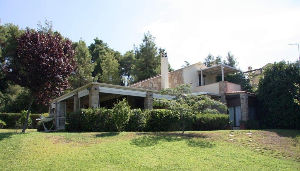 Idilliako, Halkidiki-Kassandra, Greece - a lovely villa in the resort of Sany for a seaside holiday