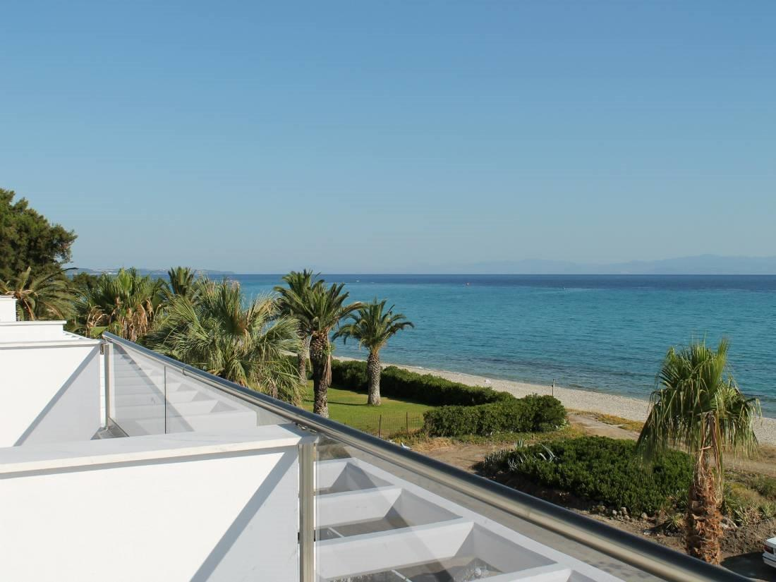Harama 4, Halkidiki-Kassandra, Greece - New elegant vacation villas on the 1st line to the sea