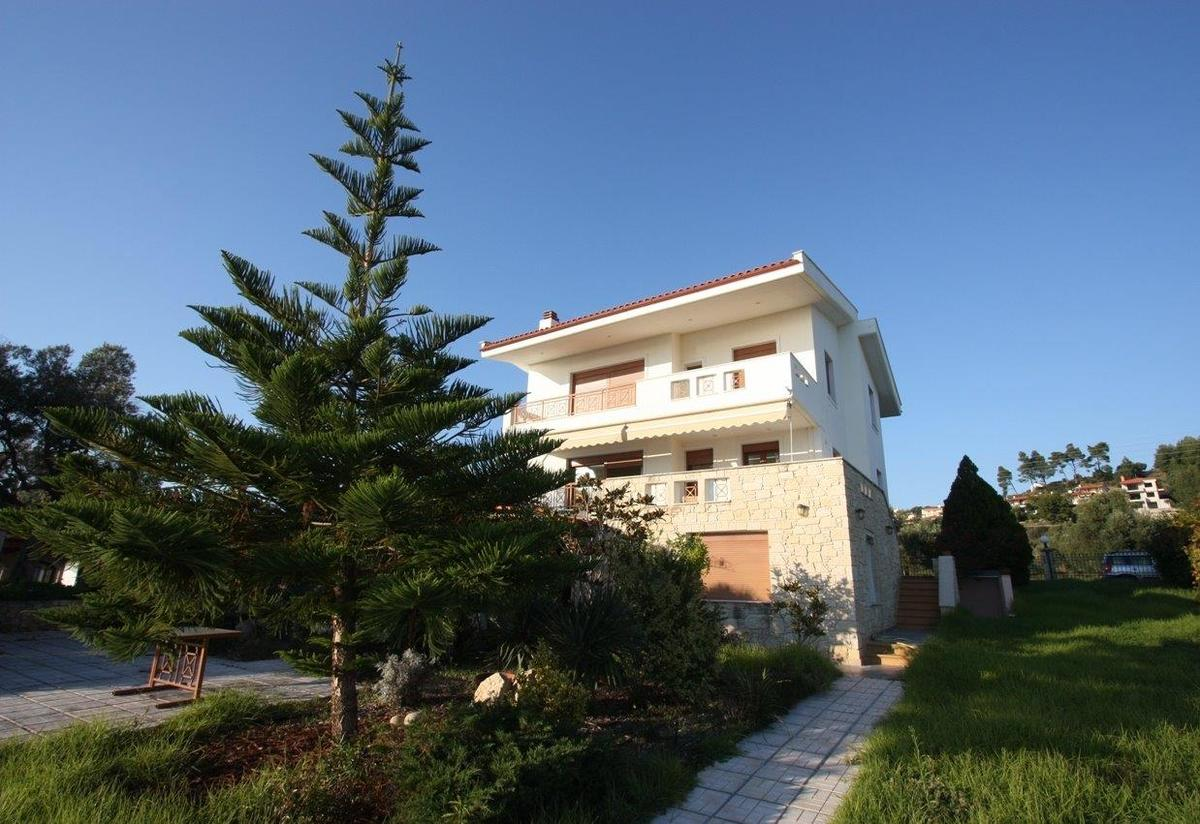 Villa Arokaria, Halkidiki-Kassandra, Greece - vacation villa first line to the sea vith stunning views