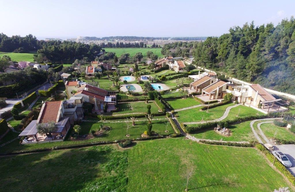 Sany Place 2, Halkidiki-Kassandra, Greece - corner house in Sany location just 400m from the resort