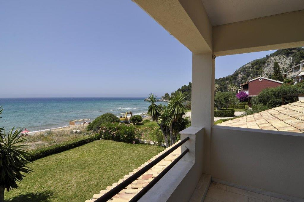 Glifa 1, Ionian Islands, Greece - Traditional villa by the beach in the gated complex