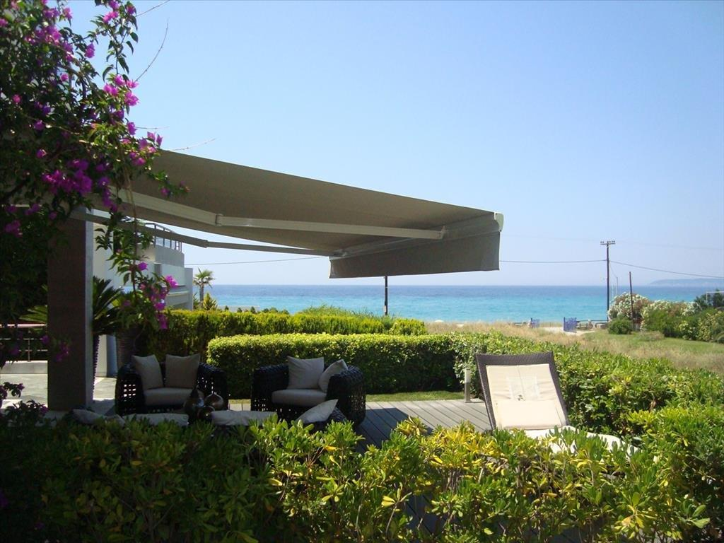 Sirti, Halkidiki-Kassandra, Greece - beachfront appartment with roof garden