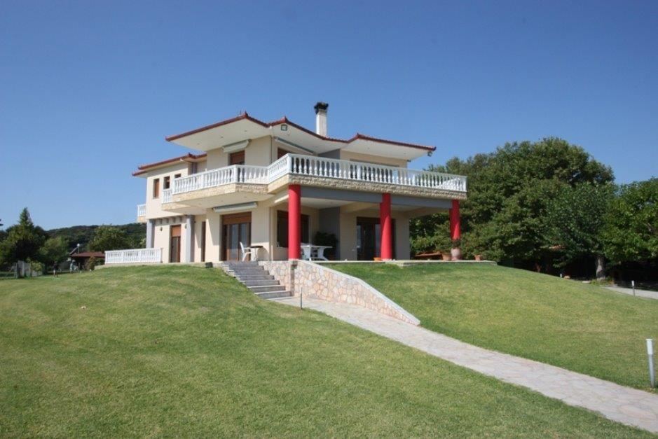 Muria, Halkidiki-Sithonia, Greece - classical villa by the beach