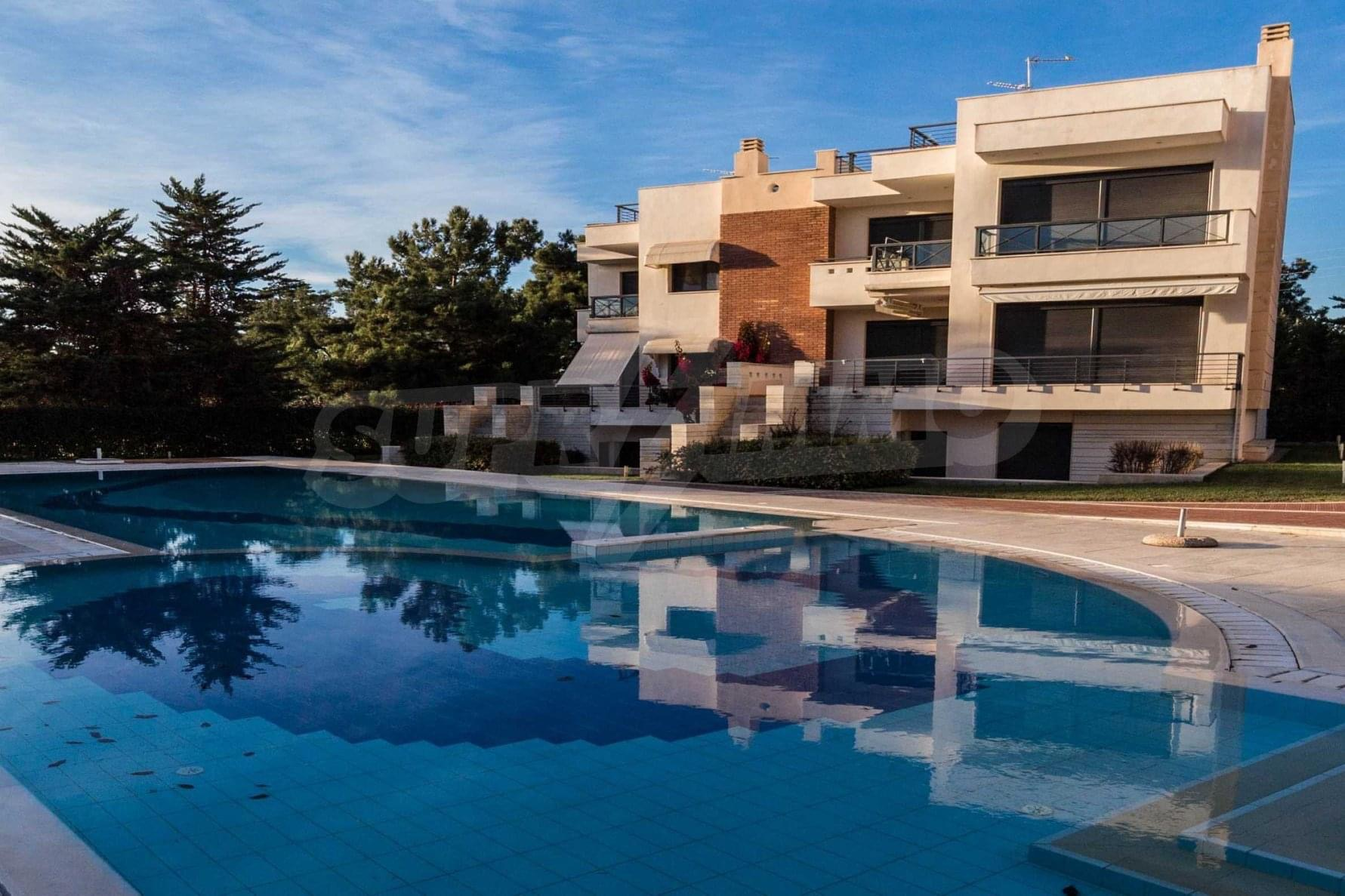 Armathia, Halkidiki-Kassandra, Greece - corner villa in the gated compex with pool in just 150m from the beach