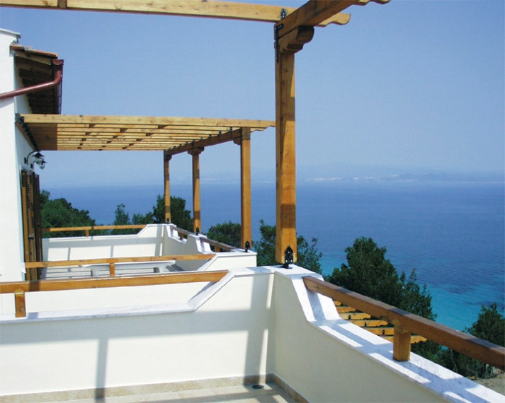 Ermis 4, Halkidiki-Kassandra, Greece - house for sale by the sea on the 1st line to the beach