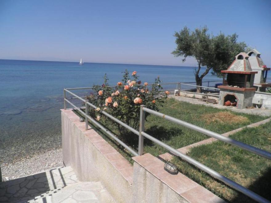 Zukero 1, Halkidiki-Kassandra, Greece - beachfront apartment for sale