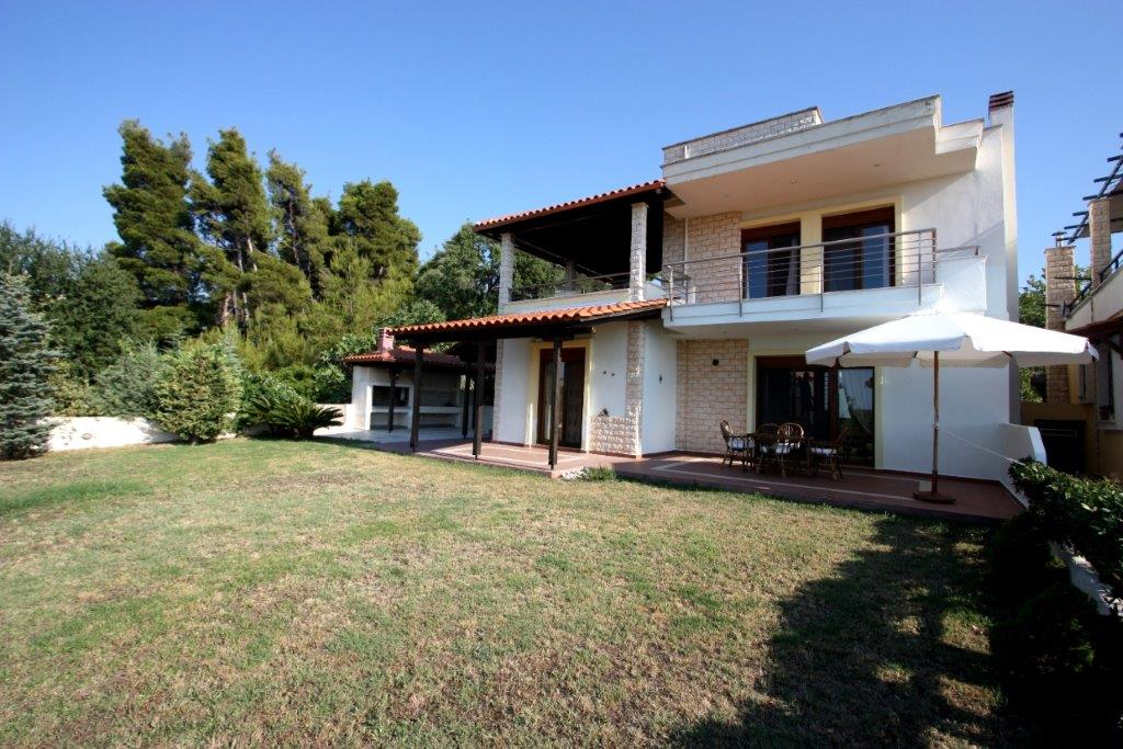 Dasotopi 2, Halkidiki-Kassandra, Greece - corner villa for sale in the complex with the pool and elevator to the beach
