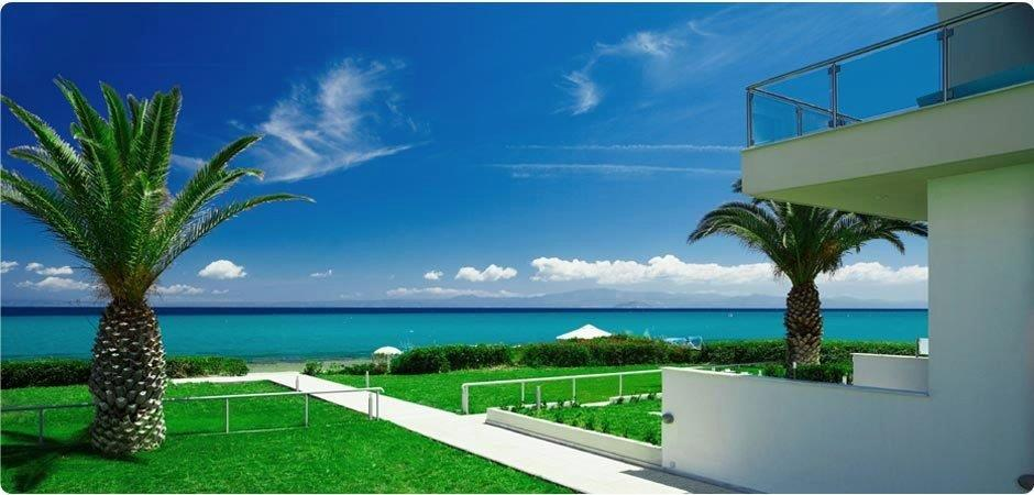 Maistros 2, Halkidiki-Kassandra, Greece - beachfront apartment in Haniotti for rest and luxury vacation rent