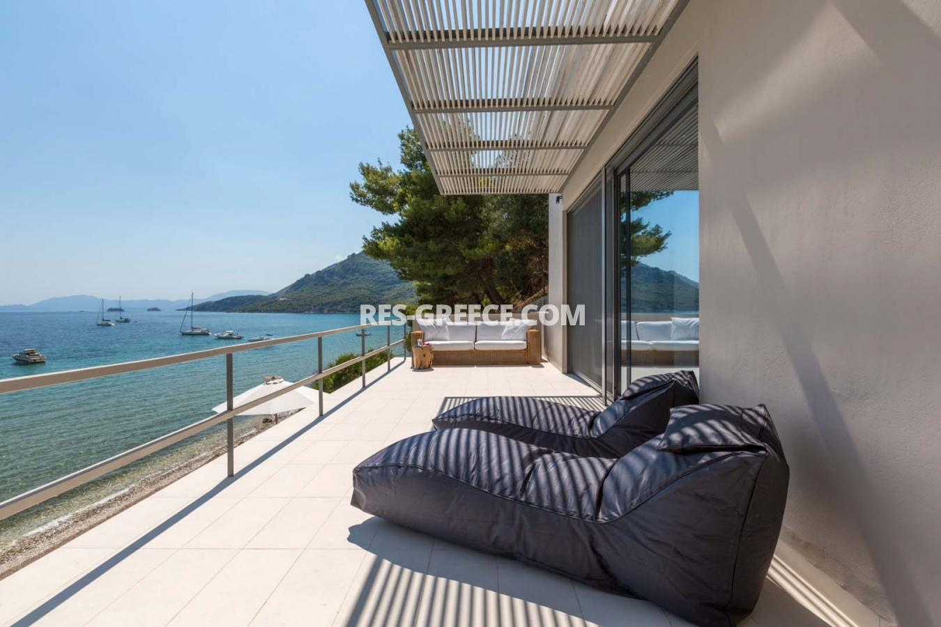 Kastor, Epir, Greece - off-plan villa project first line to the sea - Photo 9