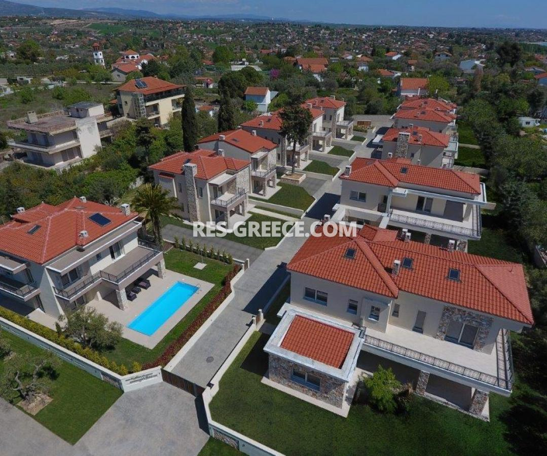 Mesimeri 1, Halkidiki-Kassandra, Greece - modern gated complex by the sea for vacation or rent - Photo 12
