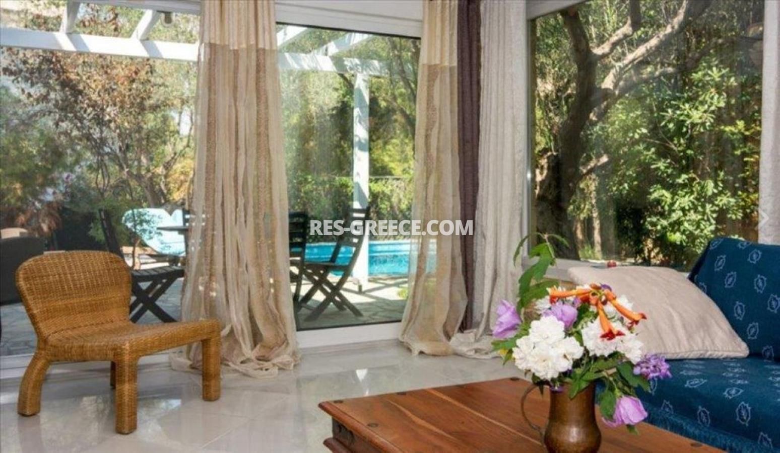 Ilectra, Halkidiki-Sithonia, Greece - cozy cottage with a pool by the sea - Photo 1
