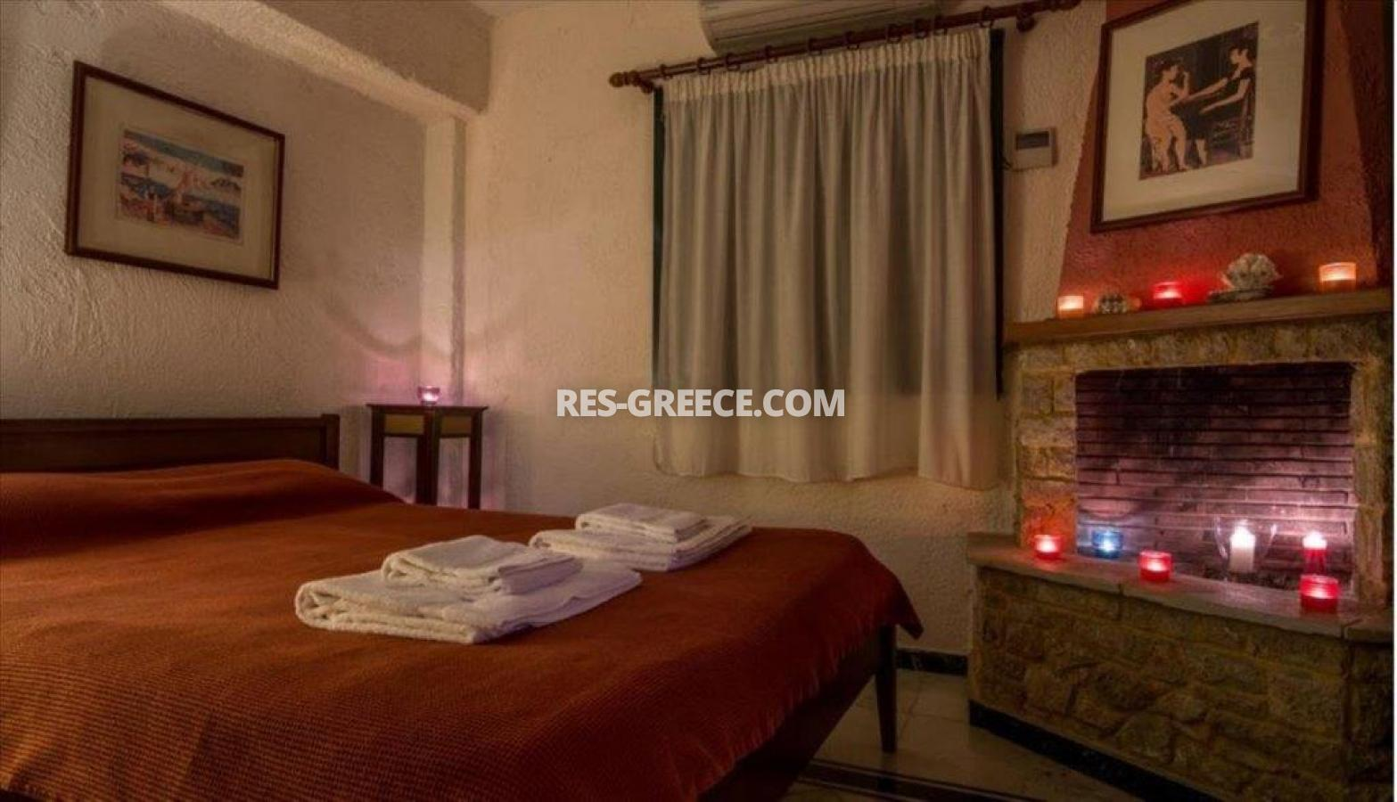 Ilectra, Halkidiki-Sithonia, Greece - cozy cottage with a pool by the sea - Photo 3