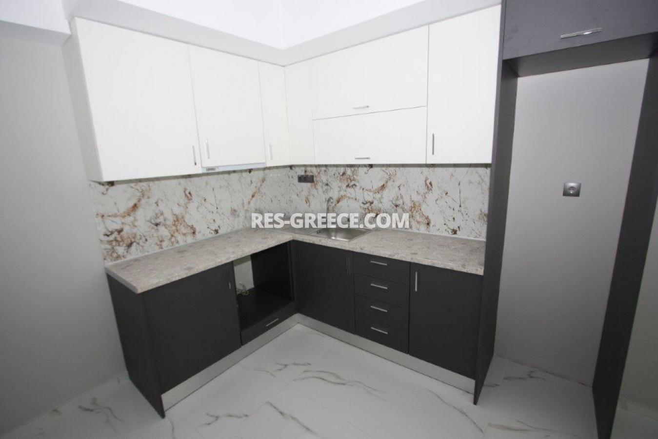 Poli 17, Central Macedonia, Greece - apartment for permanent residence and rent - Photo 3
