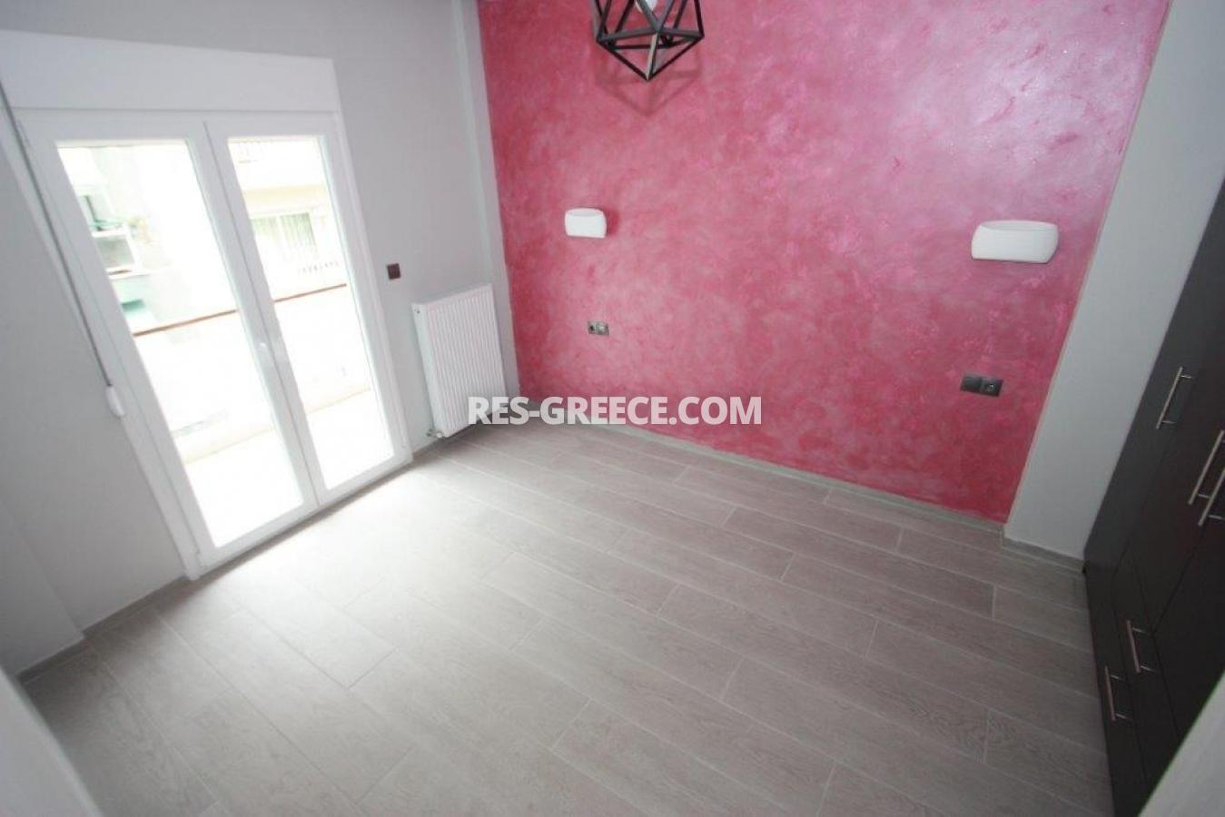 Poli 17, Central Macedonia, Greece - apartment for permanent residence and rent - Photo 9