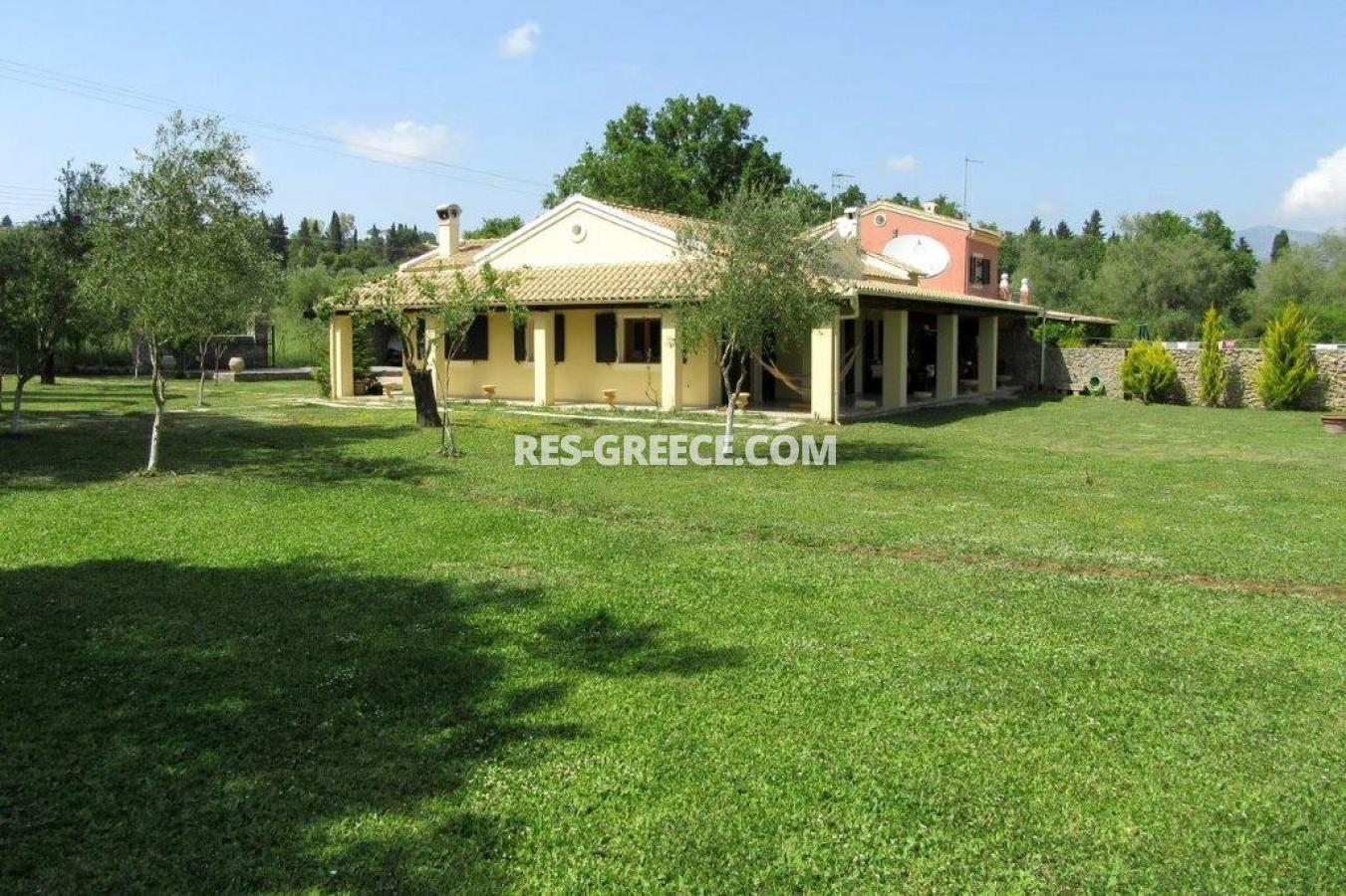 Poulades, Ionian Islands, Greece - Mediterranean bungalow for sale in Corfu - Photo 16