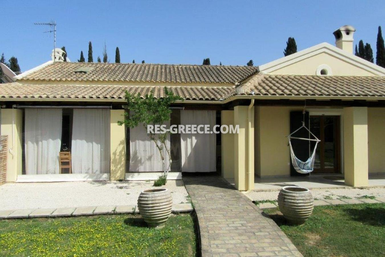 Poulades, Ionian Islands, Greece - Mediterranean bungalow for sale in Corfu - Photo 14