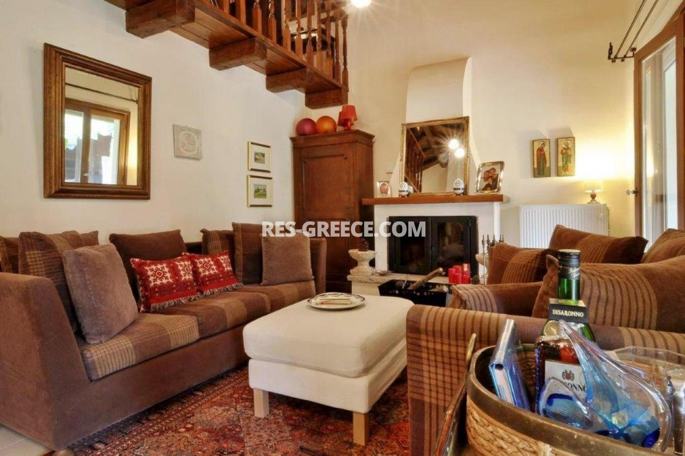 Poulades, Ionian Islands, Greece - Mediterranean bungalow for sale in Corfu - Photo 3