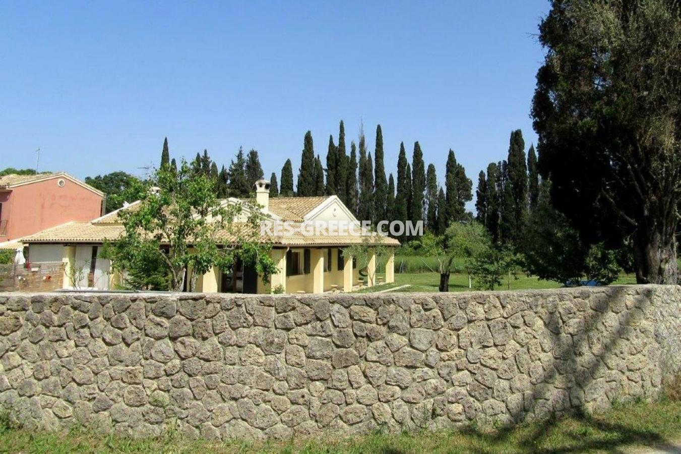 Poulades, Ionian Islands, Greece - Mediterranean bungalow for sale in Corfu - Photo 25