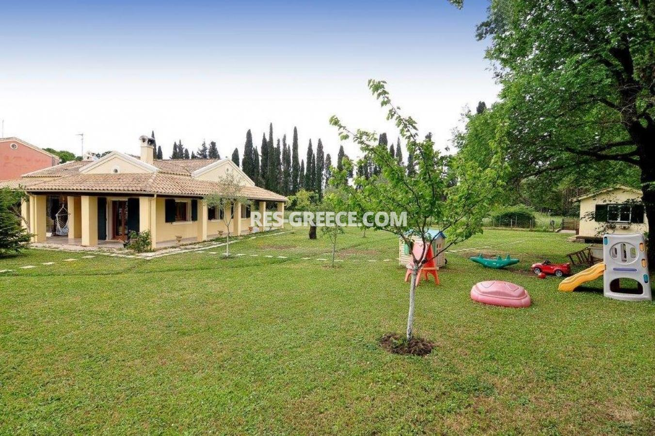 Poulades, Ionian Islands, Greece - Mediterranean bungalow for sale in Corfu - Photo 23