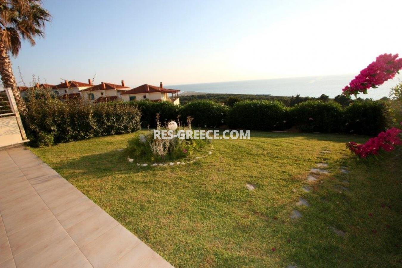 Okialos, Halkidiki-Kassandra, Greece - house for sale in the complex with pool and panoramic sea view - Photo 18