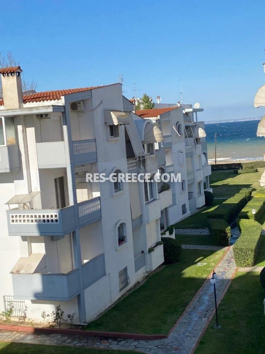 Trias 1, Central Macedonia, Greece - apartment for sale in the complex by the sea in Thessaloniki suburbs - Photo 2