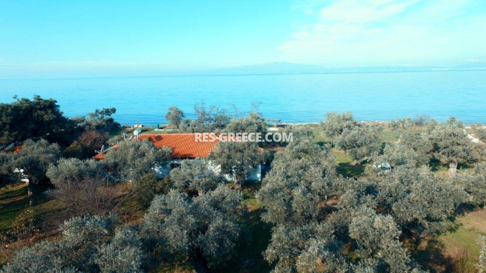 Pilos, Northern Aegean Islands, Greece - big beachfront plot with the for house for reconstruction - Photo 7