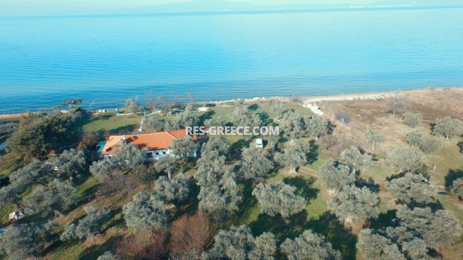 Pilos, Northern Aegean Islands, Greece - big beachfront plot with the for house for reconstruction - Photo 8
