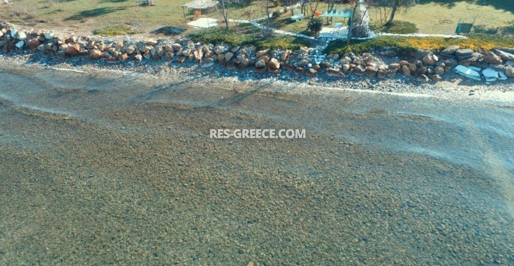 Pilos, Northern Aegean Islands, Greece - big beachfront plot with the for house for reconstruction - Photo 14