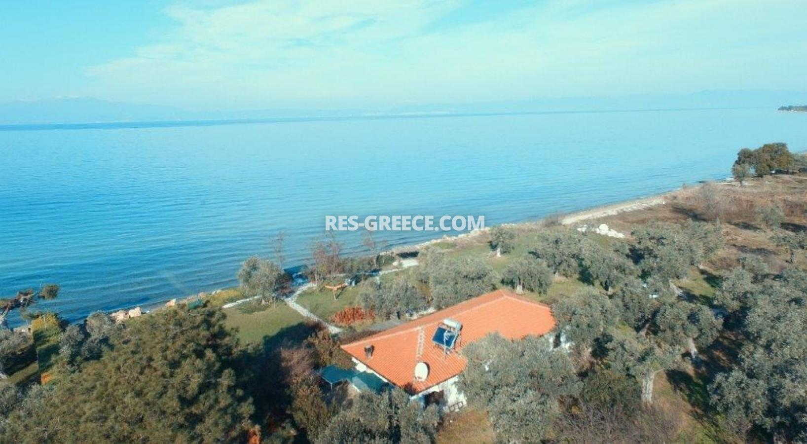 Pilos, Northern Aegean Islands, Greece - big beachfront plot with the for house for reconstruction - Photo 13