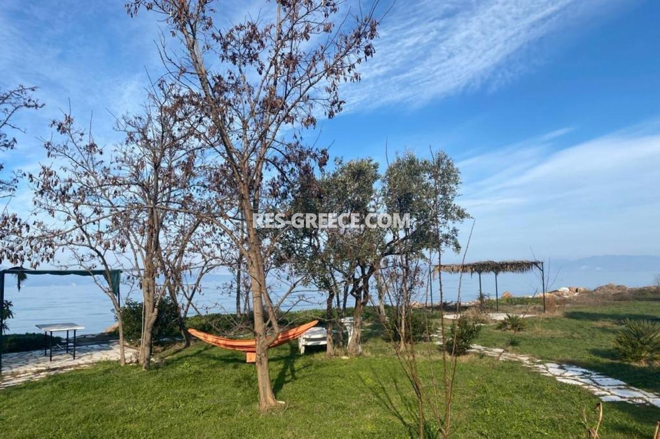 Pilos, Northern Aegean Islands, Greece - big beachfront plot with the for house for reconstruction - Photo 1