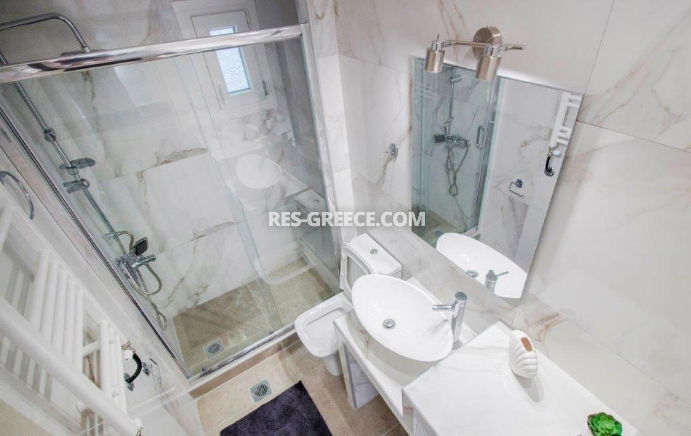 Kontogouri, Central Macedonia, Greece - fully furnished and decorated apartment after full renovation near Nea Paralia - Photo 11