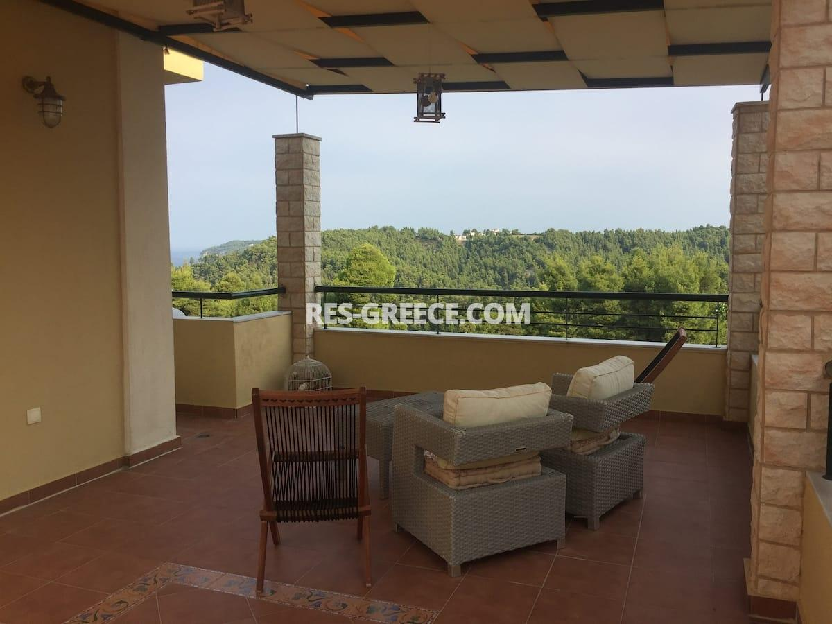 Dasotopi 1, Halkidiki-Kassandra, Greece - beachfront complex with common pool and elevator to the beach - Photo 8